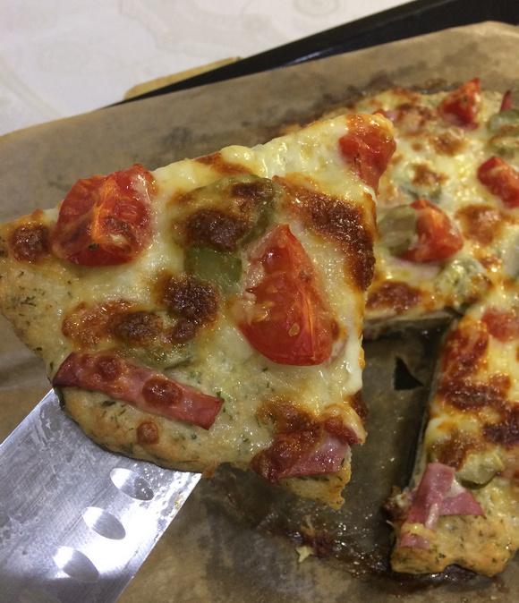 Пицца на фарше из куриных грудок