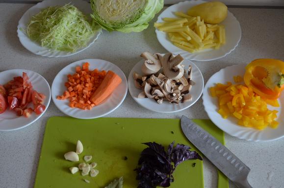 Ингредиенты овощного супа